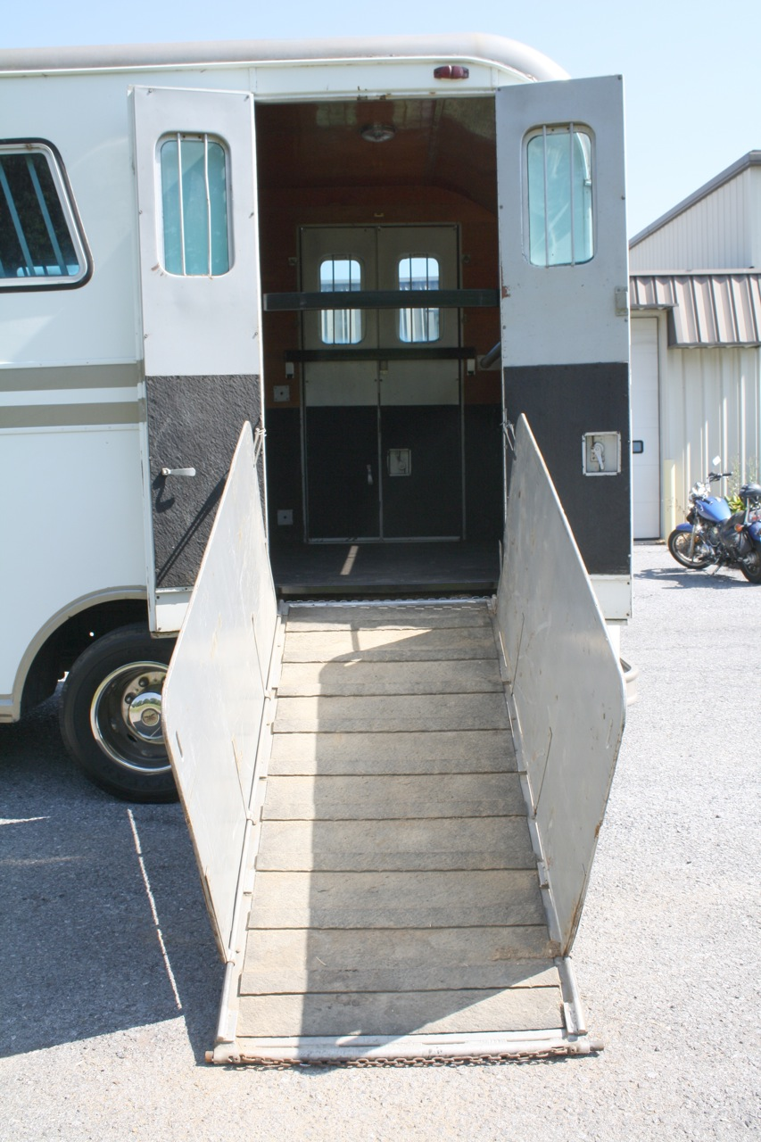 Imperatore horse vans for sale -  Img